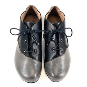 Aetrex sz 6.5 Gray and Black Leather Oxfords
